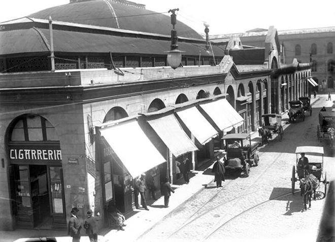 Рынок Меркадо-дель-Пуэрто в XIX веке