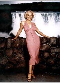 Šaty Merlin Monroe 9