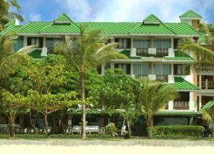 Perl Laguna Resort