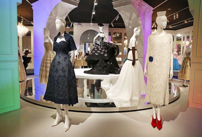 Выставка The House of Dior Seventy Years of Haute Couture