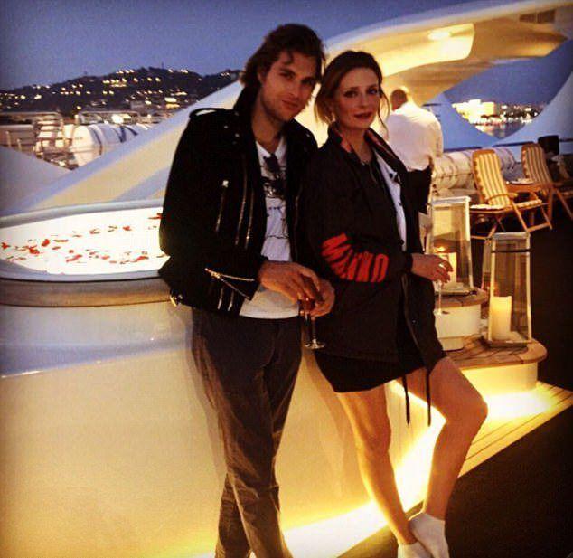 Джеймс уже разместил первое совместное фото с Мишей в Instagram