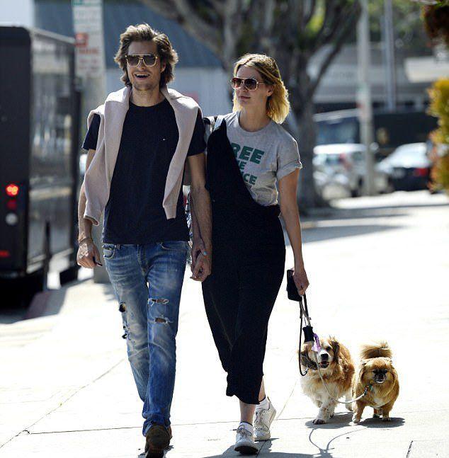 Миша и Джеймс на прошлой неделе в Западном Голливуде