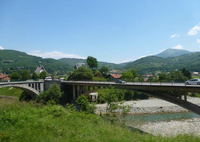 Автомобильный мост в Мойковаце
