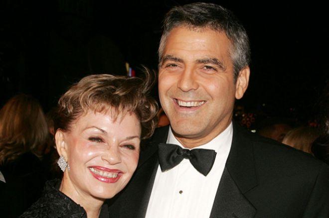 Джордж Клуини со своей матерью