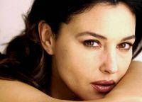 Monica Bellucci bez makijażu 4