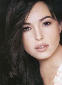Monica Bellucci bez makijażu 3