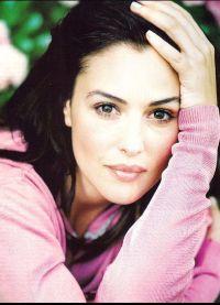 Monica Bellucci bez makijażu 5