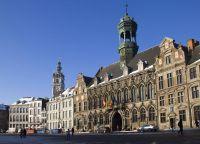Готическая ратуша XV века