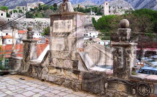 Памятник освободителям Бара