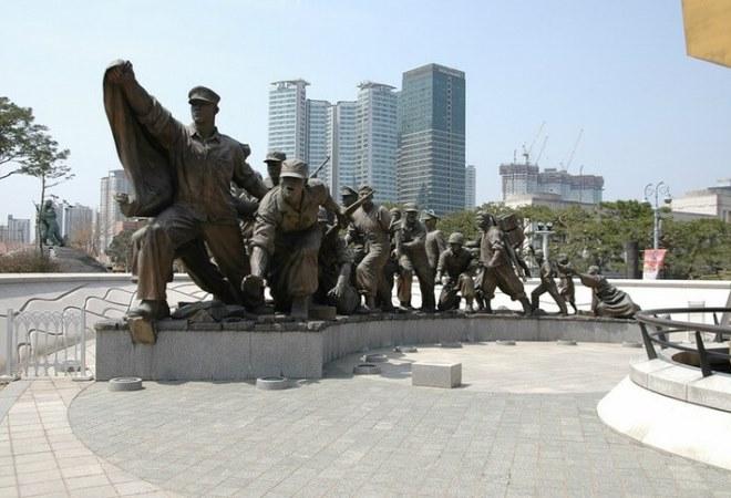 Военный мемориал в Южной Корее