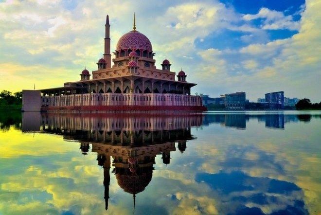 Мечеть Путра