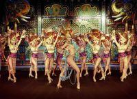 Moulin Rouge u Parizu1