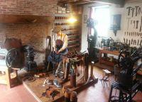 Комната сапожника в музее народного искусства и традиций