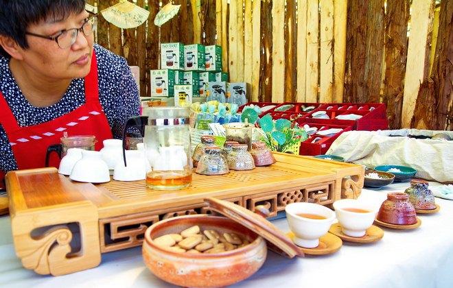Лавка сувениров в музее чая