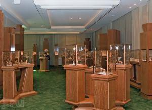 Экспонаты Музея часов Patek Philippe