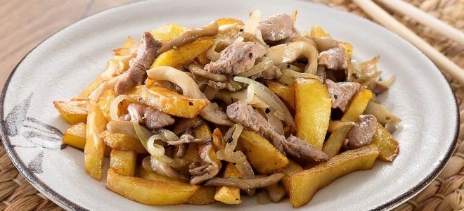 Печурке са месом и кромпиром