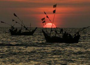Закаты на пляже Давэй