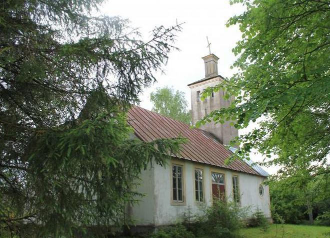 Живописная церковь Мыйзакюле