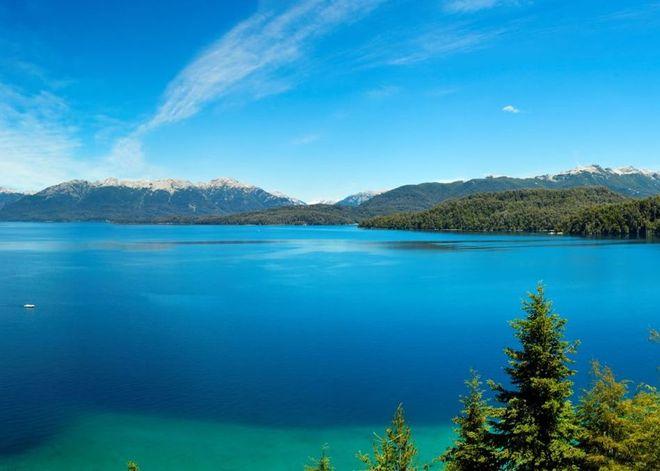 Озеро Науэль-Уапи