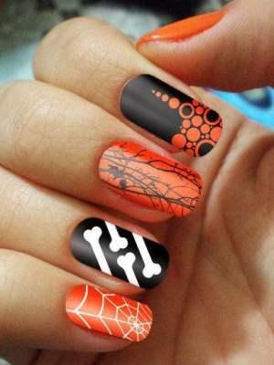Halloweenowe paznokcie 13