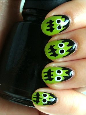 Halloweenowe paznokcie 8