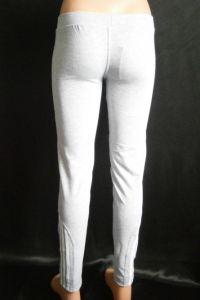 Spodnie dresowe Slim Fit 9