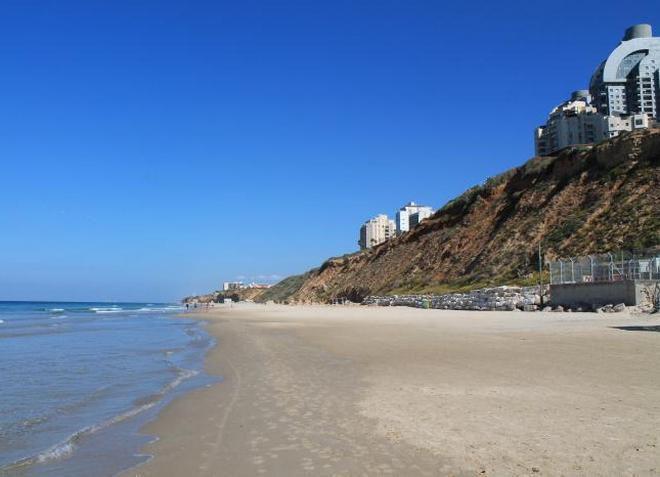 Пляж Онот