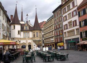 Уличные кафе в городе
