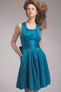 Świąteczne sukienki dla nastolatków 8