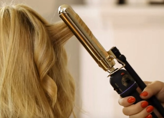 kako napraviti novu godinu frizuru za kratku kosu 1