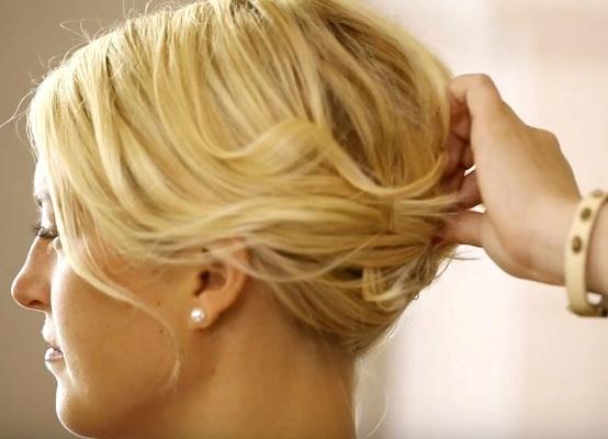 kako napraviti novu godinu frizuru za kratku kosu 4