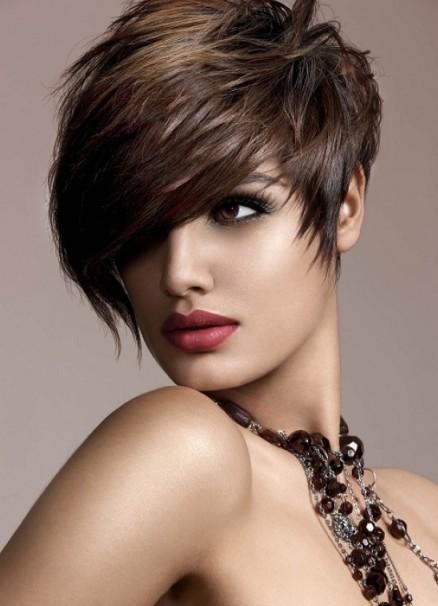 kako napraviti novu godinu frizuru za kratku kosu 5