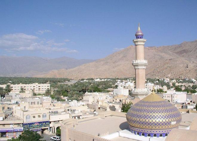 Мечеть Султана Кабуса в Низве