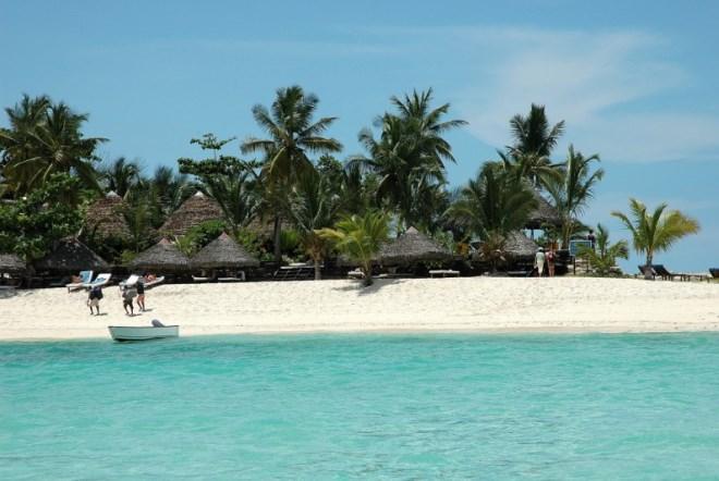 Проживание на острове