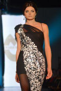 Oksana Mucha večernje haljine 9