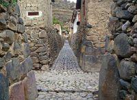 Узкие улочки древнего города