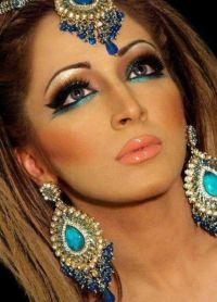 Orientalny makijaż dla zielonych oczu 1