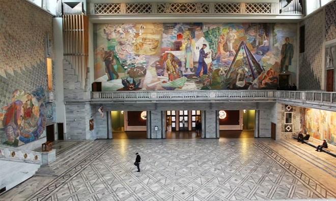 Фрески на стенах ратуши