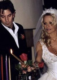 Свадьба Томми Ли и Памелы Андерсон