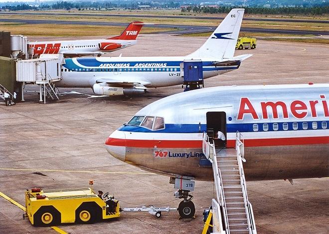 Самолеты авиакомпаний