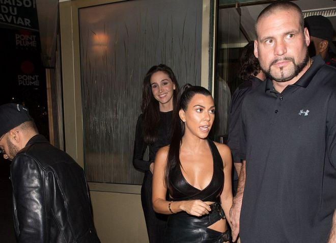 В вечер ограбления Паскаль был с сестрами Ким