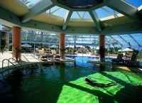 Отель Paphos Amathus Beach бассейн