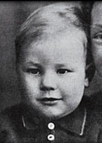 Патрик Стюарт в детстве