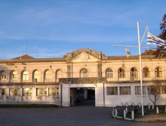 Здание порта