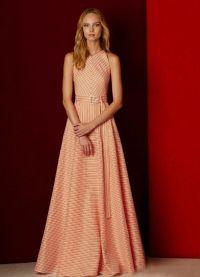 sukienka brzoskwiniowa do podłogi 3