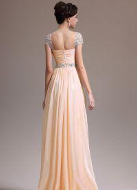 sukienka brzoskwiniowa do podłogi 4