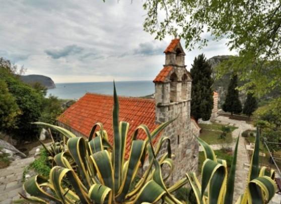 Petrovac, Montenegro9