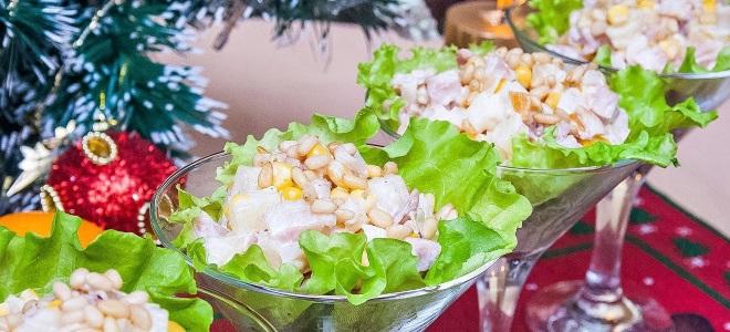 """Burzhuisky"" salata s ananasom i piletinom"