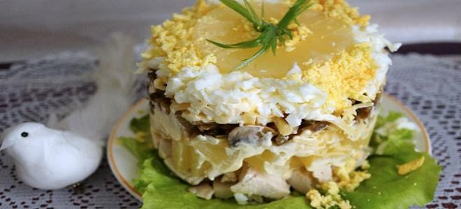 Salata od ananasa s piletinom
