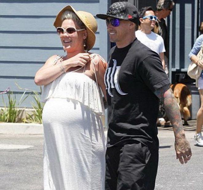 Во время беременности Пинк поправилась на 14 кг